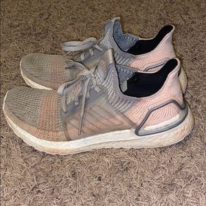 adidas running shoes Ultraboost19